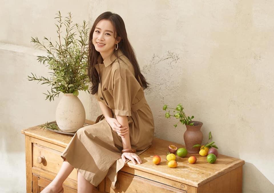 Bị chê tăng cân, Kim Tae Hee tung ngay những khoảnh khắc chứng minh nhan sắc ngày càng lên hương dù đã là 'mẹ hai con' 9