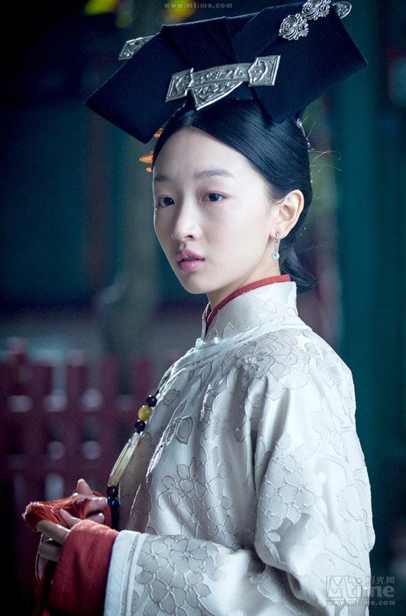 'Song Kim Ảnh hậu' Châu Đông Vũ tự hạ thấp giá trị bằng cách đóng phim chiếu mạng khiến dư luận chê cười 2