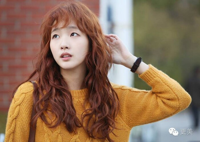 Thiệt thòi như Kim Go Eun, vào vai nữ chính nhưng toàn bị đem ra so sánh với nữ phụ 0