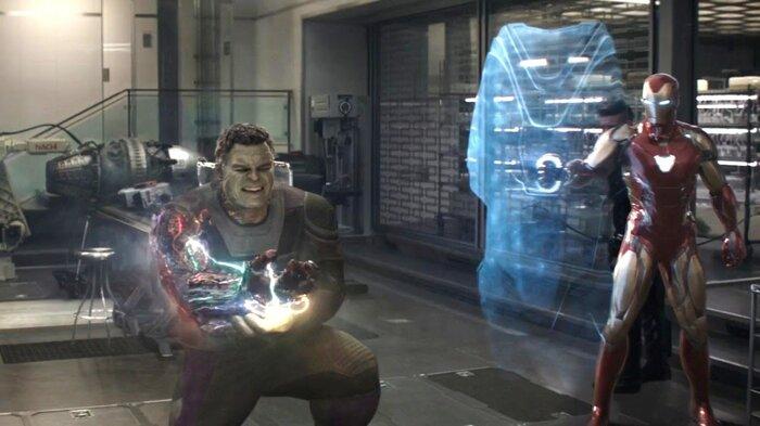 Hulk chịu tổn thương nặng nề sau khi sử dụng Găng tay Vô Cực.