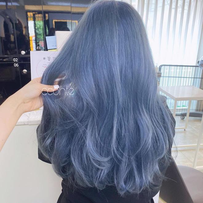 Màu tóc xanh của Rosé quá xịn, dự sẽ thành hot trend chị em nào cũng muốn 'đu' theo hè này 7