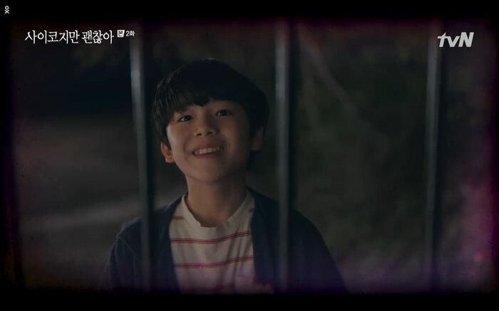 'It's Okay to Not Be Okay' tập 2: 'Điên nữ' Seo Ye Ji vô tư đánh người để bảo vệ 'crush' Kim Soo Hyun 23