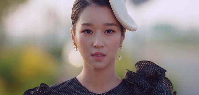 'Điên thì có sao?' tập 4: Mãn nhãn cảnh Kim Soo Hyun ôm gái xinh dưới mưa siêu lãng mạn 2