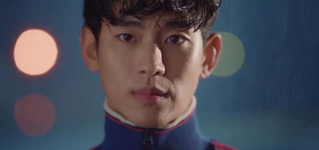 'Điên thì có sao?' tập 4: Mãn nhãn cảnh Kim Soo Hyun ôm gái xinh dưới mưa siêu lãng mạn 7
