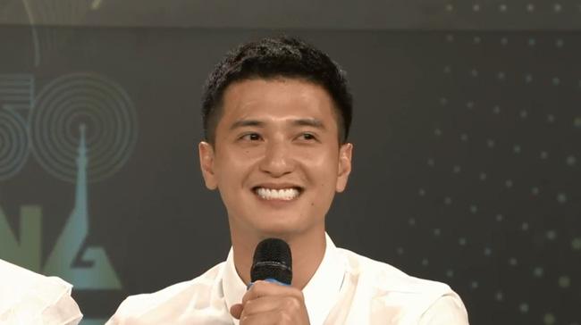 Thanh Sơn khiến fan 'Đừng bắt em phải quên' phật lòng vì phát ngôn nhạy cảm liên quan đến 'thầy Duy', phải lên Facebook đính chính lại 4