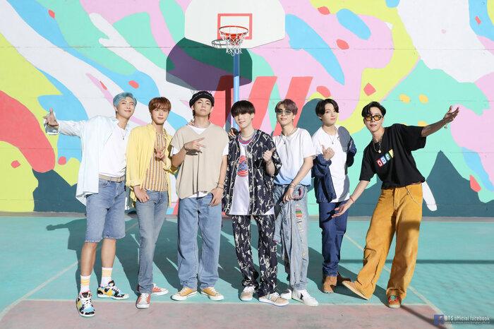 Khoe thành tích bài hát mới, Thái Vũ tuyên bố: 'Không lẽ nói chỉ thua BTS chứ không thua ai' 0