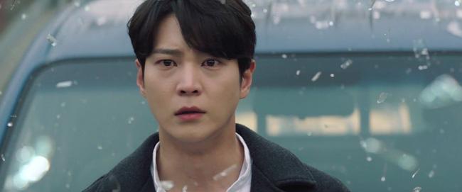 Khi Kim Hee Sun đóng cặp 2 nam thần 1987 Joo Won - Lee Min Ho: Làm mẹ thì trẻ, làm người yêu thì 'dừ'! 1