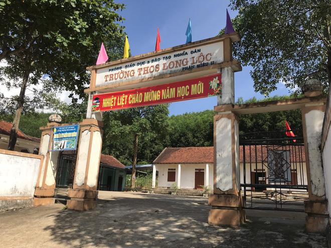 Trường THCS Long Lộc được xây dựng 20 năm trước.