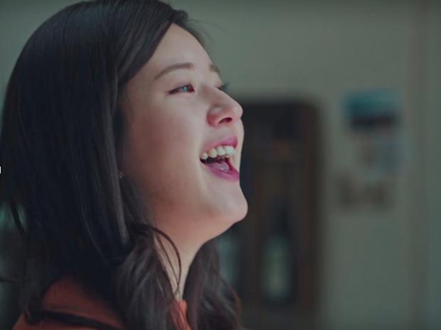 Mỹ nữ 'Trần Thiên Thiên trong lời đồn' - Triệu Lộ Tư lộ mặt sưng phù đầy mụn khác xa ảnh photoshop 4