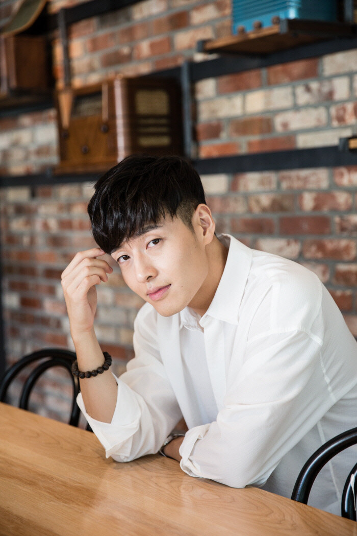 Kang Ha Neul từ chối 'bén duyên' cùng Son Ye Jin, vì lỡ yêu Han Hyo Joo 1