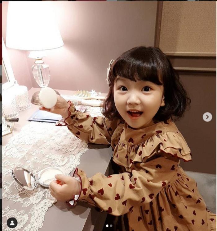 Nữ phụ hot nhất màn ảnh Hàn 2020 chính thức lộ diện 12