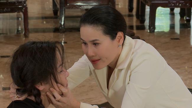 'Vua bánh mì' vừa lên sóng đã có cảnh túm tóc đánh ghen: Nhật Kim Anh bị Thân Thúy Hà tát, chửi mắng vì giật chồng 3