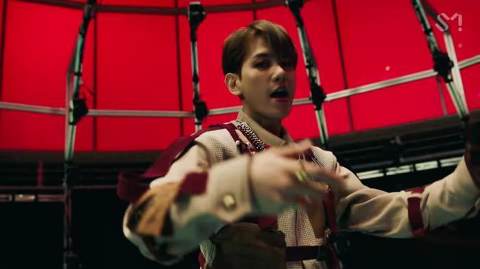 SuperM 'thả xích' MV One: Cấu trúc bài lấy ý tưởng từ hit 8 năm trước của SHINee, vũ đạo mang ý nghĩa đặc biệt lần đầu được tiết lộ 7