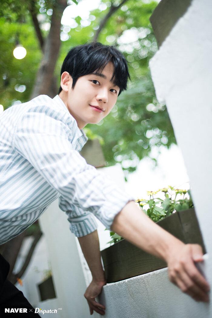 Phim 'Snowdrop' của Jisoo (BlackPink) và Jung Hae In xác nhận dàn diễn viên chính thức 1