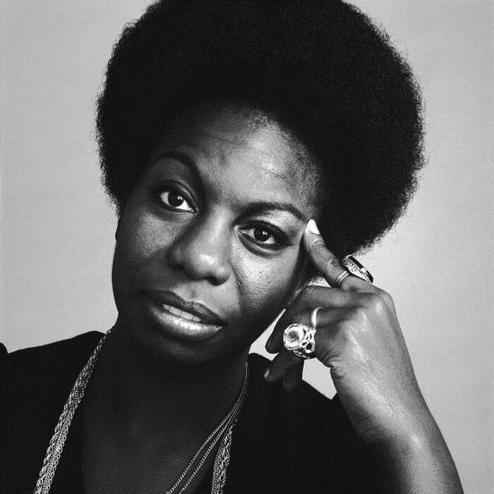 Nina Simone bị dìm sâu bởi các ông lớn khi đụng chạm tới chính trị.