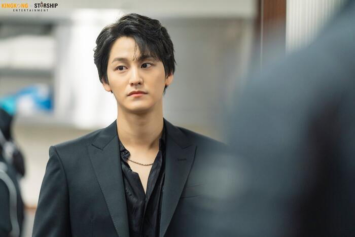 101 khoảnh khắc khó cưỡng trước Kim Bum trong 'Bạn trai tôi là hồ ly': Áo đỏ chứng tỏ chồng em! 2