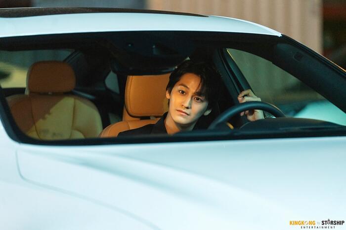 101 khoảnh khắc khó cưỡng trước Kim Bum trong 'Bạn trai tôi là hồ ly': Áo đỏ chứng tỏ chồng em! 5