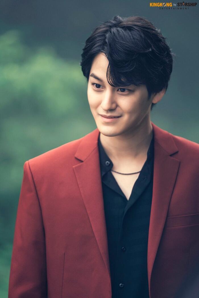 101 khoảnh khắc khó cưỡng trước Kim Bum trong 'Bạn trai tôi là hồ ly': Áo đỏ chứng tỏ chồng em! 42