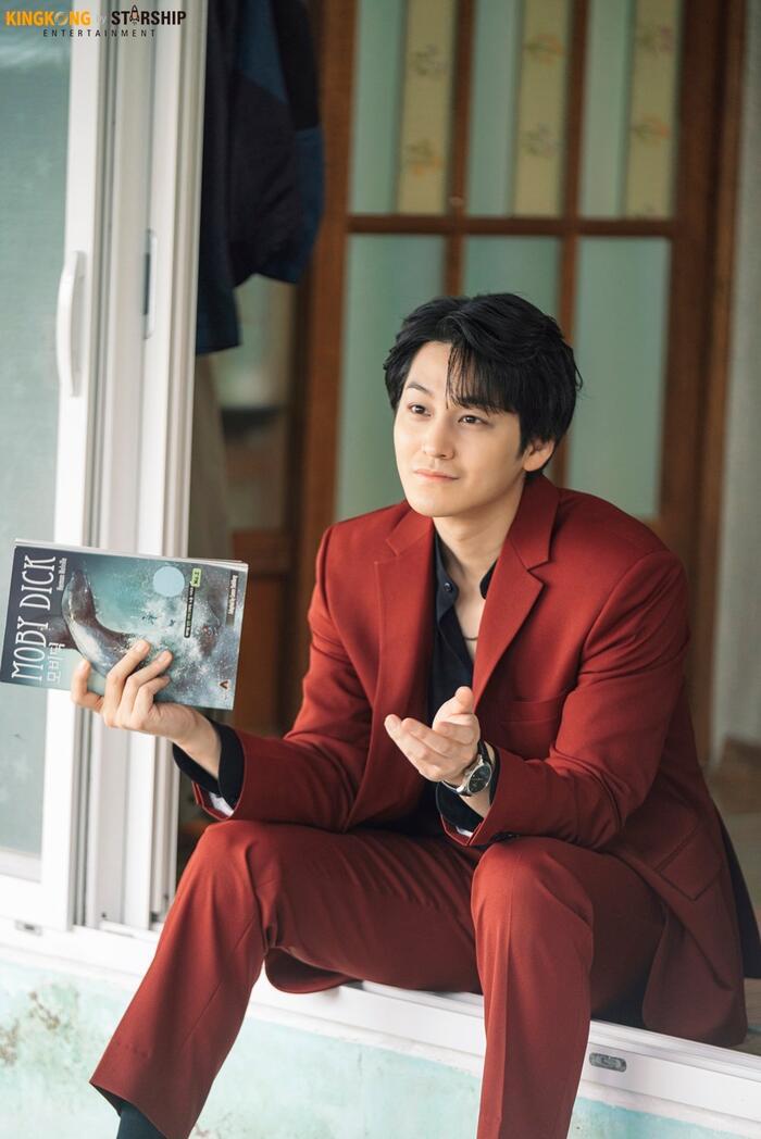 101 khoảnh khắc khó cưỡng trước Kim Bum trong 'Bạn trai tôi là hồ ly': Áo đỏ chứng tỏ chồng em! 54