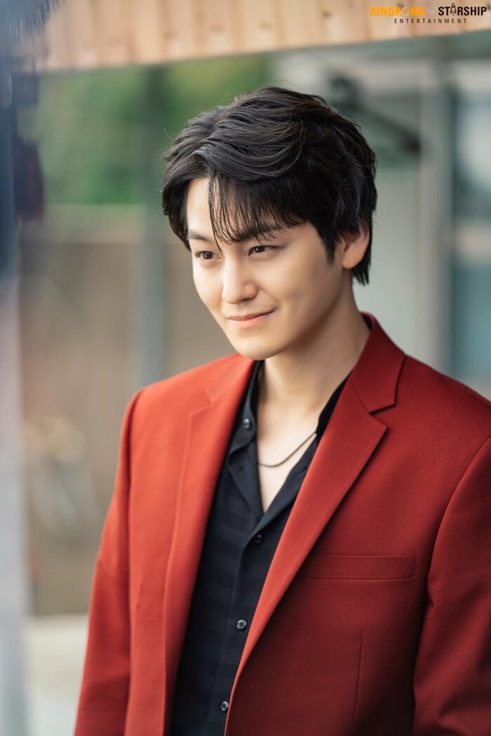 101 khoảnh khắc khó cưỡng trước Kim Bum trong 'Bạn trai tôi là hồ ly': Áo đỏ chứng tỏ chồng em! 57