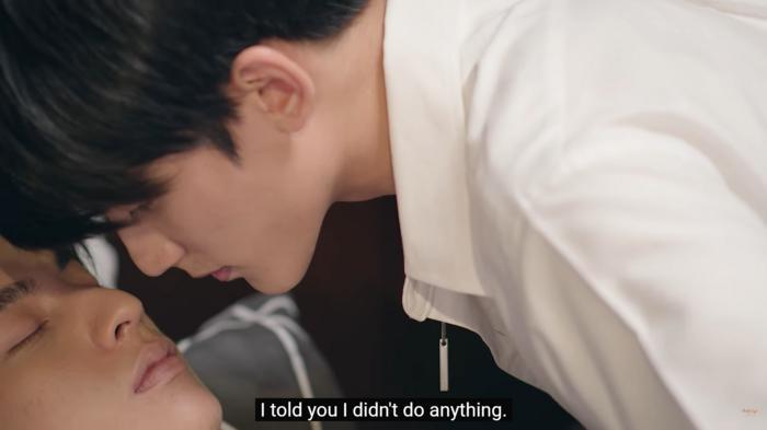 First Chalongrat - chàng 'tiểu tam' điển trai khiến fan bấn loạn trong 'TharnType 2: 7 Years of Love' 15