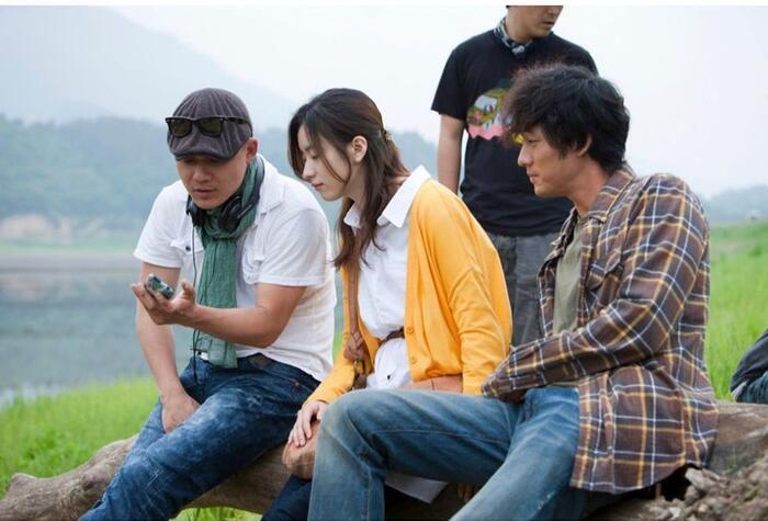 Han Hyo Joo bất ngờ đăng ảnh 'tình tứ' với So Ji Sub trong quá khứ 3