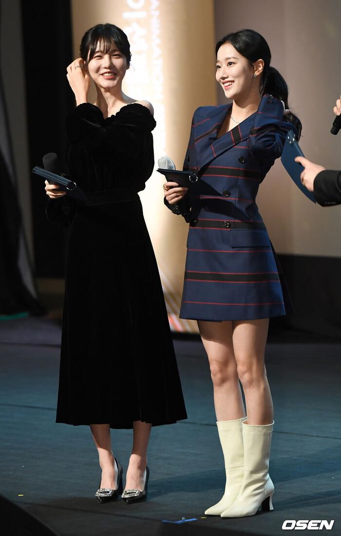 Goo Hye Sun rạng rỡ sau ly hôn, đọ sắc loạt sao Hàn trên thảm đỏ 'LHP Bucheon 2020' 18