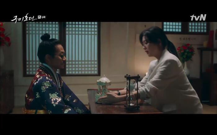 Những phân cảnh ấn tượng nhất tập 6 'Bạn trai tôi là hồ ly': Nụ hôn bất ngờ, thân phận xà tộc của Jo Bo Ah 8