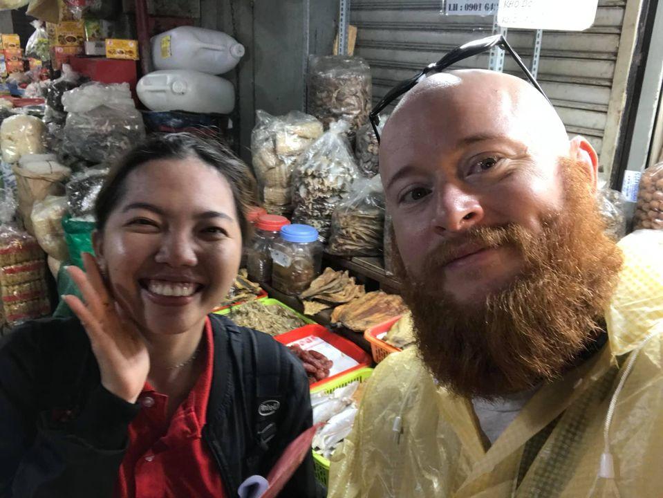 Anh Hurley đã luôn dành tình cảm đặc biệt đối với con người và đất nước Việt Nam. Ảnh: FBNV