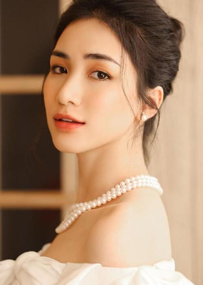 Hòa Minzy hào hứng khoe ca khúc mới được sáng tác bởi 'ông xã' Minh Hải 0
