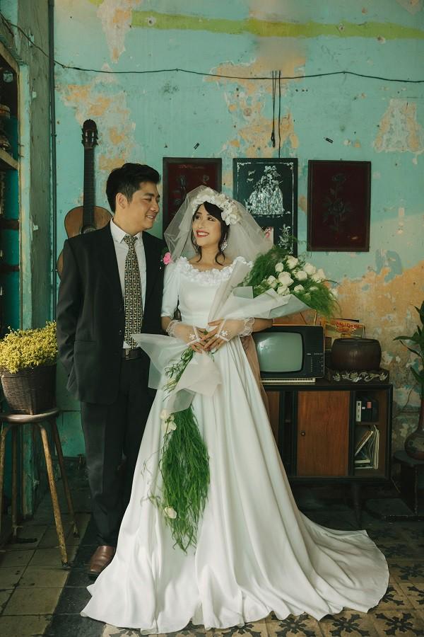Bộ ảnh cưới có 1-0-2 'xuyên không' gần 1 thế kỉ của cặp đôi 'gặp nhau từ nhiều kiếp trước' 1