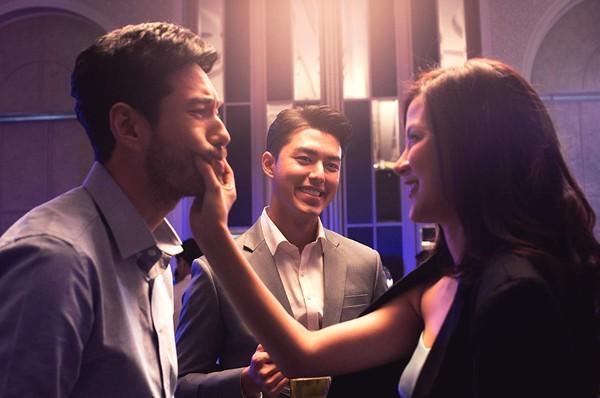 Xem 'Friend Zone - Yêu nhầm bạn thân' để học cách điều tra bạn trai ngoại tình! 1
