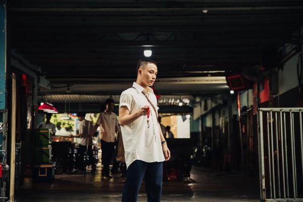Hình ảnh Trúc Nhân trong MV.