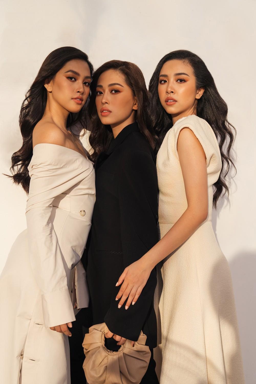 Cách đây một năm, cuộc thi Hoa hậu Việt Nam 2018 dừng lại với kết quả chung cuộc tìm ra 3 người đẹp xuất sắc nhất với ngôi vị Hoa hậu Trần Tiểu Vy, Á hậu 1 Bùi Phương Nga và Á hậu 2 Nguyễn Thị Thúy An.