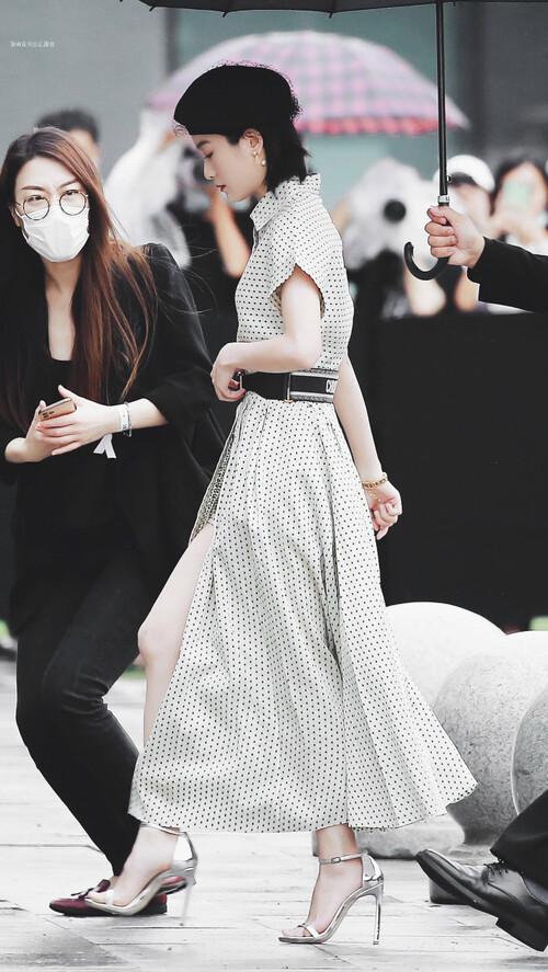 Đêm hội Dior 2020: Vương Tuấn Khải tựa hoàng tử, Triệu Lệ Dĩnh - Angela Baby đẹp áp đảo Ngô Cẩn Ngôn 91