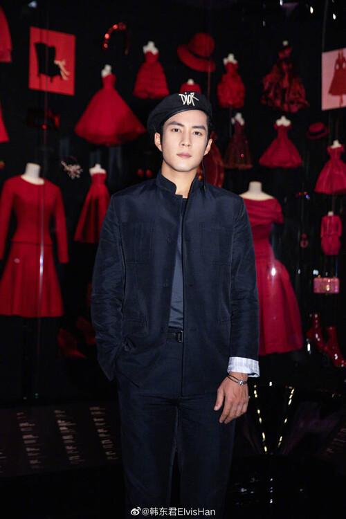 Đêm hội Dior 2020: Vương Tuấn Khải tựa hoàng tử, Triệu Lệ Dĩnh - Angela Baby đẹp áp đảo Ngô Cẩn Ngôn 98