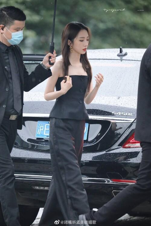 Đêm hội Dior 2020: Vương Tuấn Khải tựa hoàng tử, Triệu Lệ Dĩnh - Angela Baby đẹp áp đảo Ngô Cẩn Ngôn 107