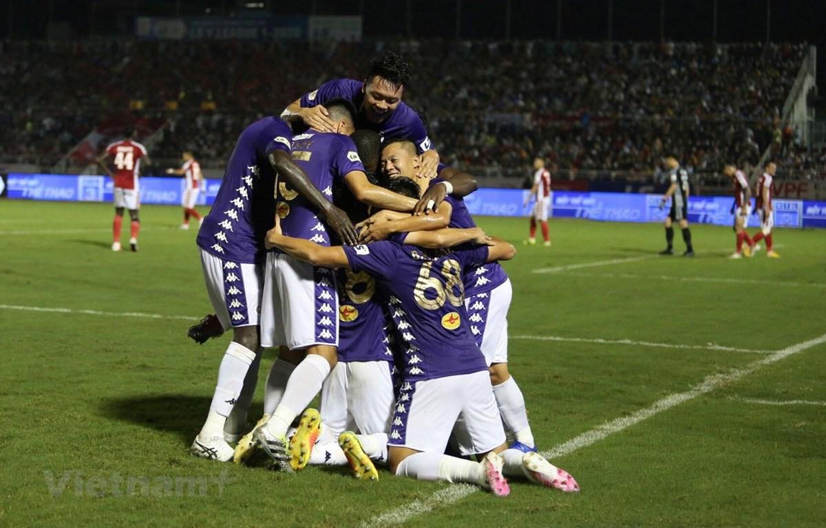 TP.HCM bất ngờ thua đậm 0-3 Hà Nội FC dù được đánh giá cao hơn. (Ảnh: Nam An/Vietnam+0