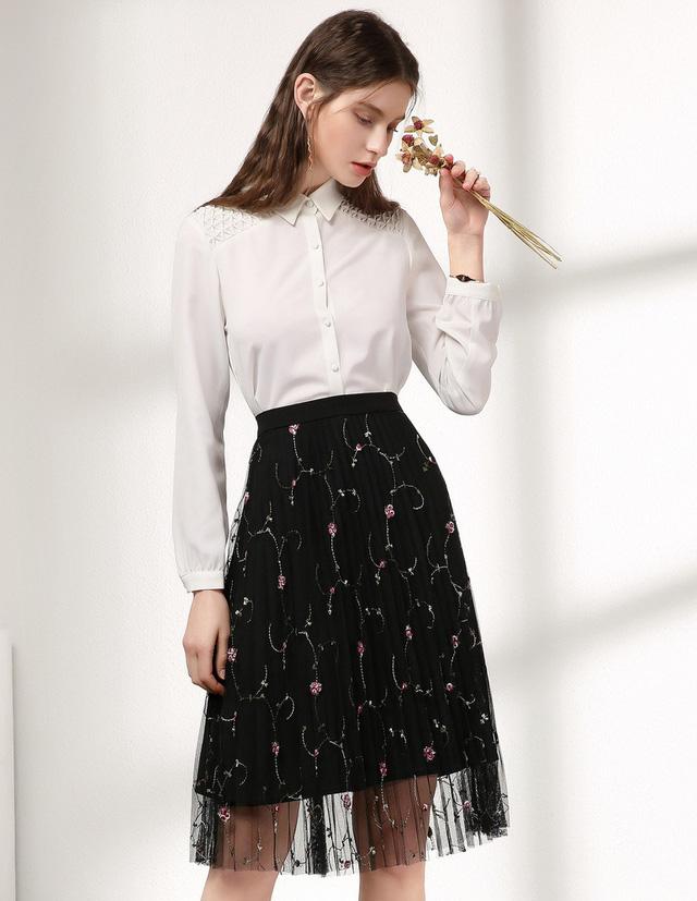 3 công thức phối sơ-mi trắng hoàn hảo trong mùa thu đông 2020 vừa dễ mặc vừa thời trang mà cô nàng nào cũng muốn sở hữu 4