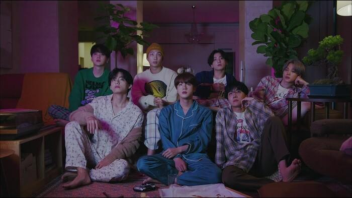 Review album mới của BTS: Hành trình tìm lại từng mảnh vụn của cuộc sống bình thường 1