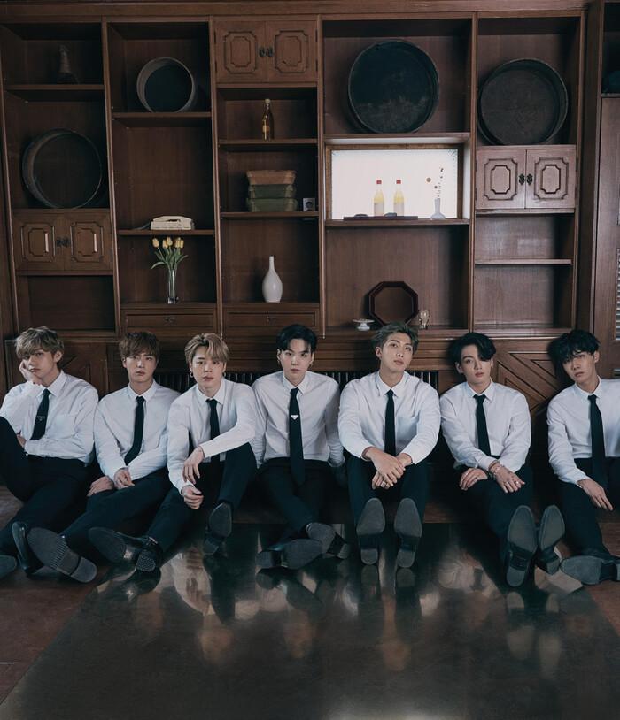 Review album mới của BTS: Hành trình tìm lại từng mảnh vụn của cuộc sống bình thường 3