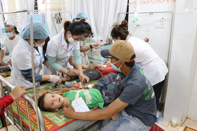 Đã có 153 người nhập viện sau khi ăn xôi