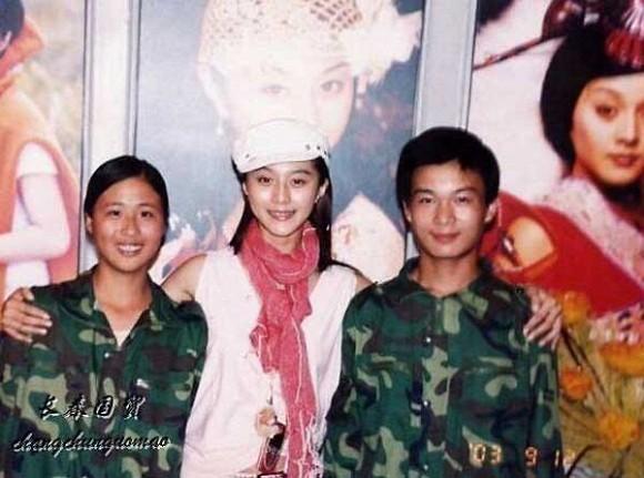Bức ảnh năm 22 tuổi chưa từng được công bố của Phạm Băng Băng bất ngờ gây bão dư luận, nhan sắc thật sự được hé lộ 1