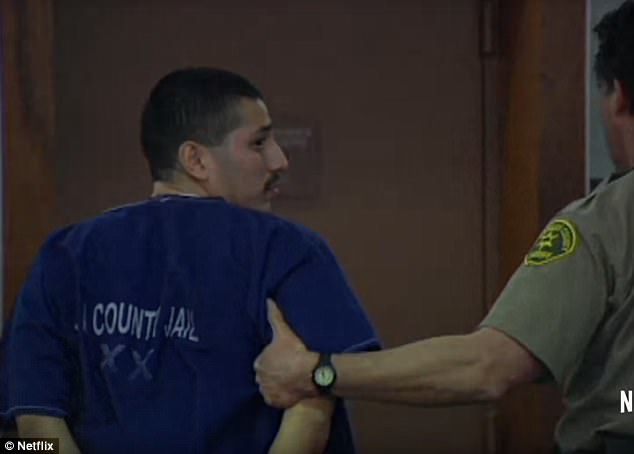 Ông bố bị bắt với tội giết chết thiếu nữ 16 tuổi, án tử trước mắt nhưng thoát nạn nhờ... một cảnh phim sitcom 4