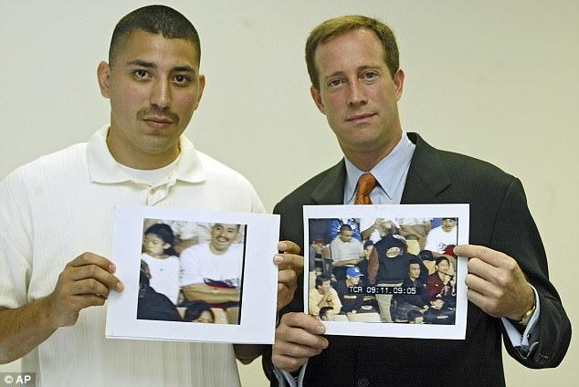 Juan và luật sư Todd.