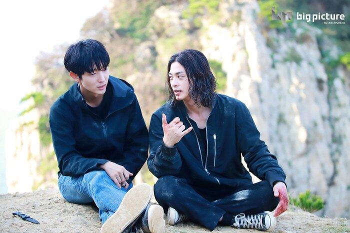 Kim Ji Hoon chính là 'Hoa của quỷ', bật sáng sau 18 năm debut với vai sát nhân khiến Knet ớn lạnh 42