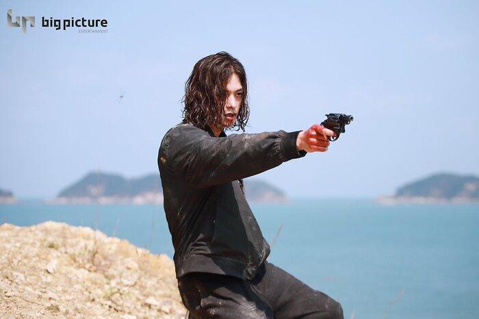 Kim Ji Hoon chính là 'Hoa của quỷ', bật sáng sau 18 năm debut với vai sát nhân khiến Knet ớn lạnh 47