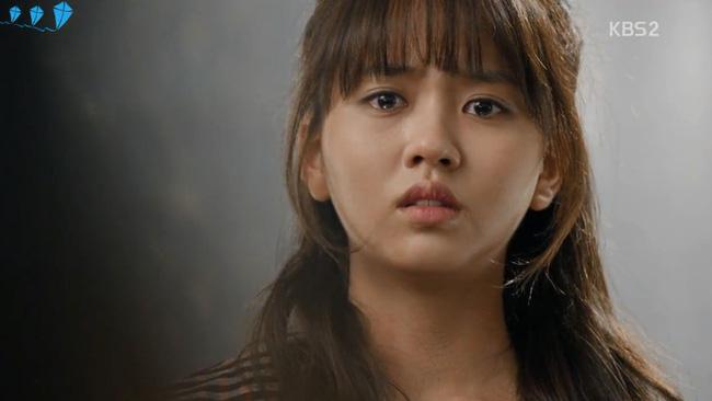 Diễn xuất của Kim So Hyun lên tay nhờ vai diễn đúp trong School 2015: Who Are You.