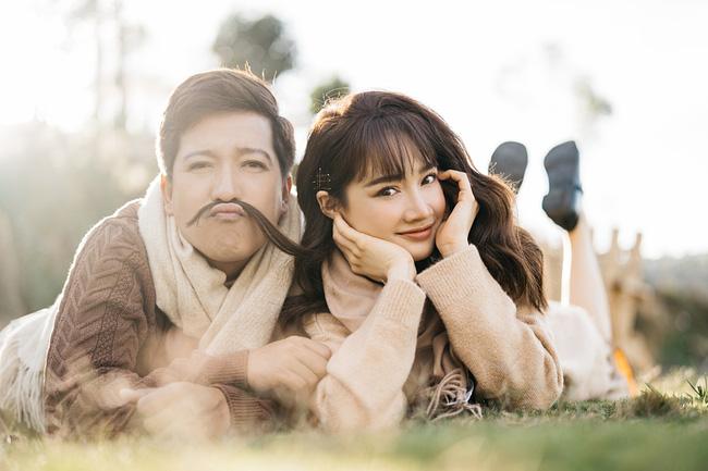 Trường Giang và Nhã Phương tổ chức đám cưới vào ngày 25/9/2018. Cặp đôi hiện đã có một cô con gái tên thân mật là Destiny và đang là gia đình được ngưỡng mộ nhất nhì showbiz Việt.