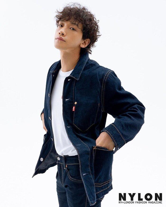 Thường ngày anh chỉ diện áo thun basic mix với các thể loại jeans